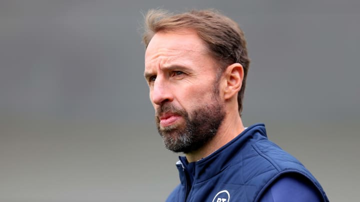 Southgate wants a professional job in Poland