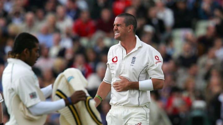 England batsman Kevin Pietersen reacts a