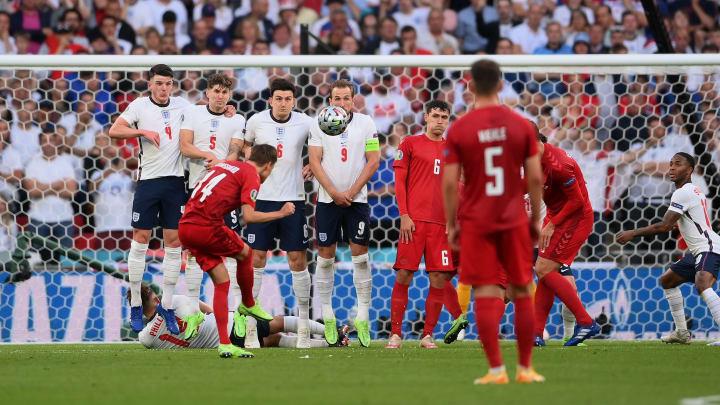 Mikkel Damsgaard trifft im Halbfinale zum 1:0 gegen England.