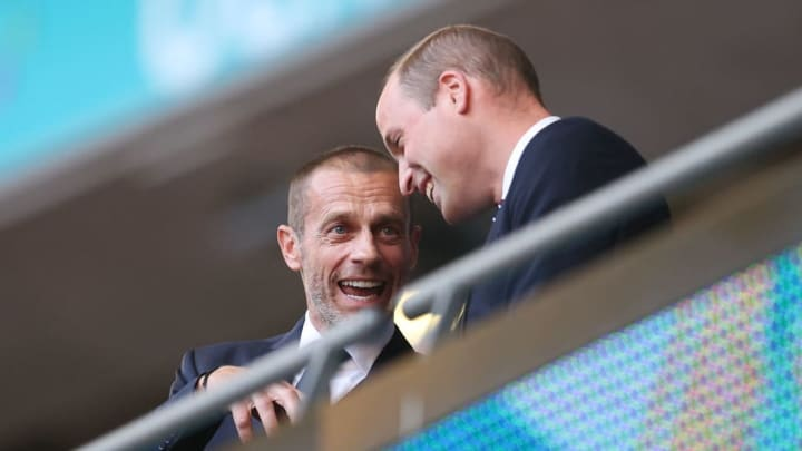 Aleksander Ceferin chats with Prince William at the England game