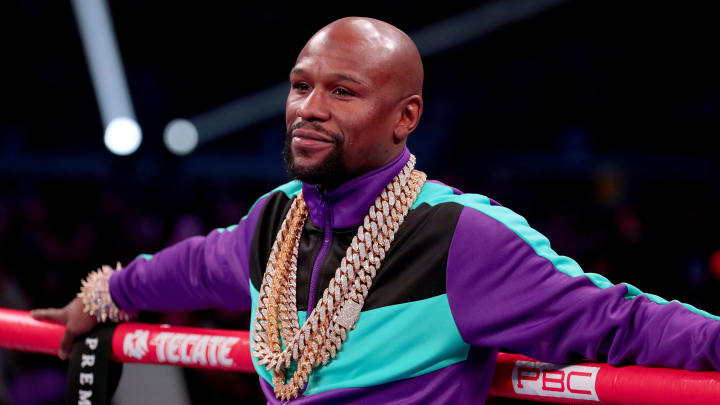 Floyd Mayweather a pris sa retraite de la boxe avec un record invaincu