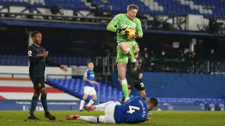 Pickford was back between the sticks for Everton
