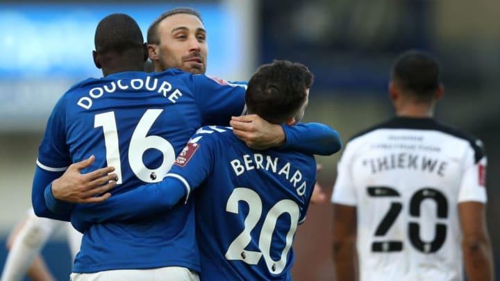 Bernard, Cenk Tosun, Abdoulaye Doucoure