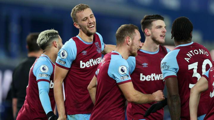 West Ham celebrating a Tomas Soucek goal
