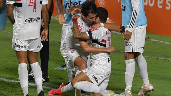 Apesar de ser favorito pelo Grupo E, São Paulo irá encarar adversários imprevisíveis.