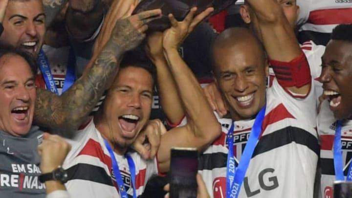 Miranda Hernanes São Paulo Morumbi Palmeiras Campeonato Paulista