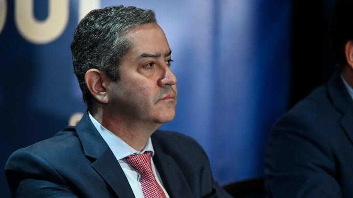 Presidente da CBF, Rogério Caboclo, insistiu para a manutenção do futebol em reunião virtual com mandatários dos clubes.
