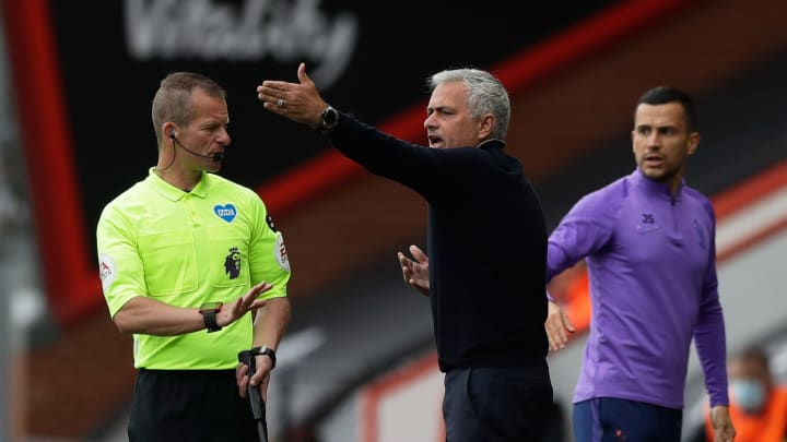 José Mourinho Throws Signature José Mourinho Strop & Leaves Interview Following Spurs' Draw With Bournemouth
