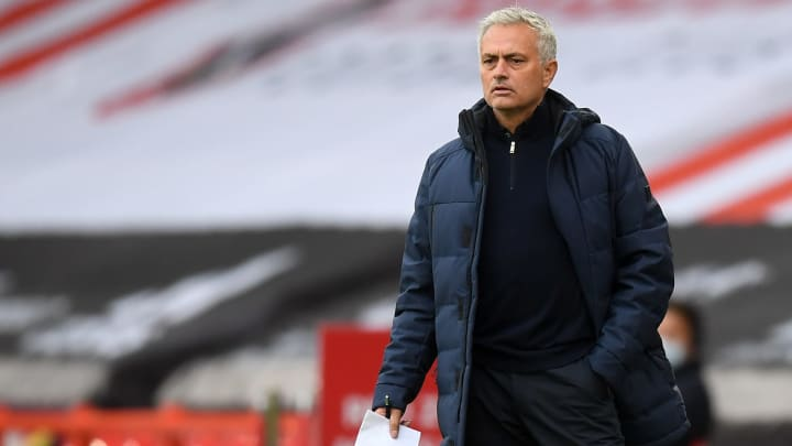 José Mourinho became the fifth manager to record 200 Premier League wins after victory against Everton