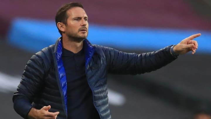 Frank Lampard donne des pistes sur les prochains recrutements de Chelsea