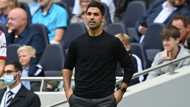 Mikel Arteta is facing a fight to keep his job