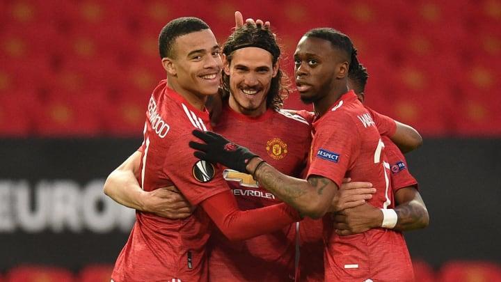 Edinson Cavani celebrates his early goal