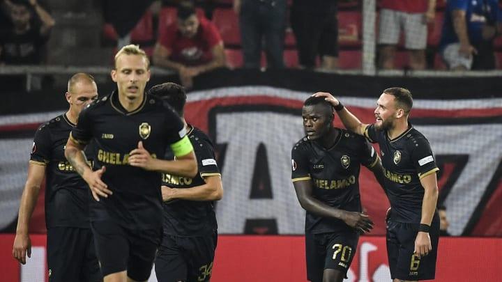 Antwerp oyuncularının gol sevinci
