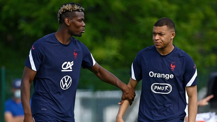 L'équipe de France de Paul Pogba et Kylian Mbappé va poser un genou au sol avant d'affronter l'Allemagne.