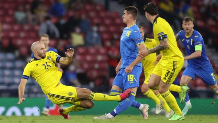 Danielsson Suécia Ucrânia Eurocopa Expulsão