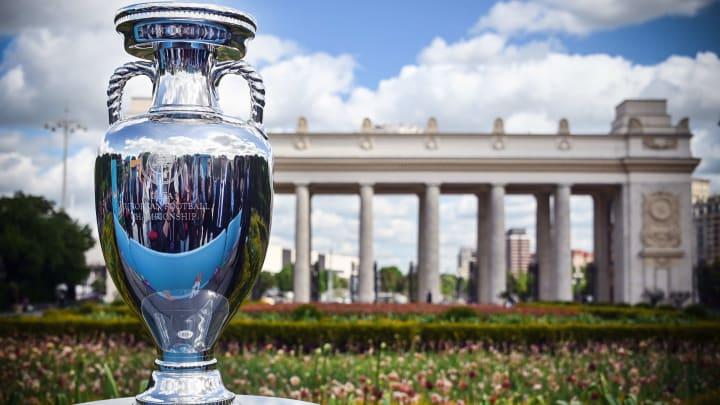 Avrupa Futbol Şampiyonası'nın kupası