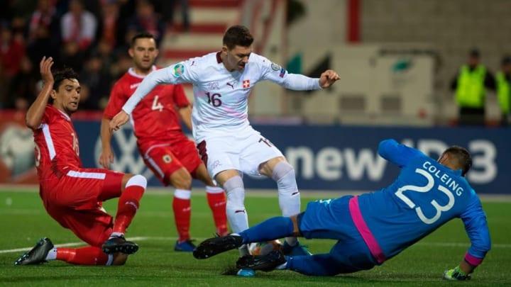 Aymen Mouelhi Haaland Eliminatórias Copa do Mundo Noruega
