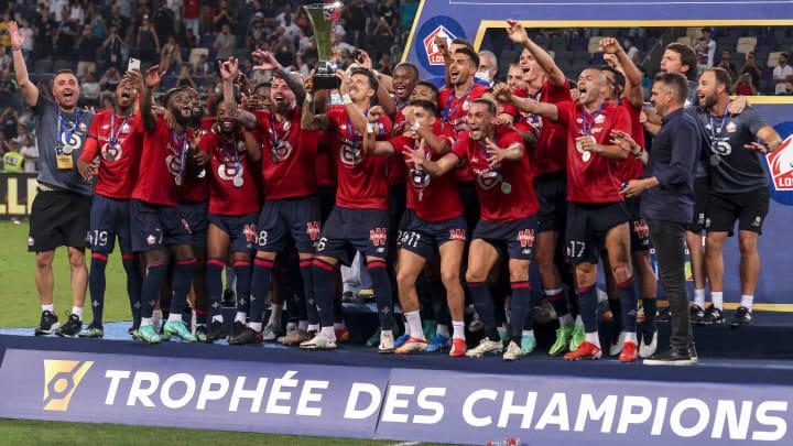 Fbl-fra-championstrophy-psg-lille