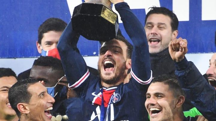 Les Parisiens soulèvent leur 26 ème trophée sous l'ère QSI. Le premier de Mauricio Pochettino, fraîchement élu coach en chef du club.