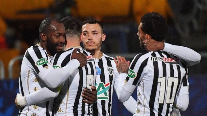 Ligue 1 PSG Angers Neymar Bahoken