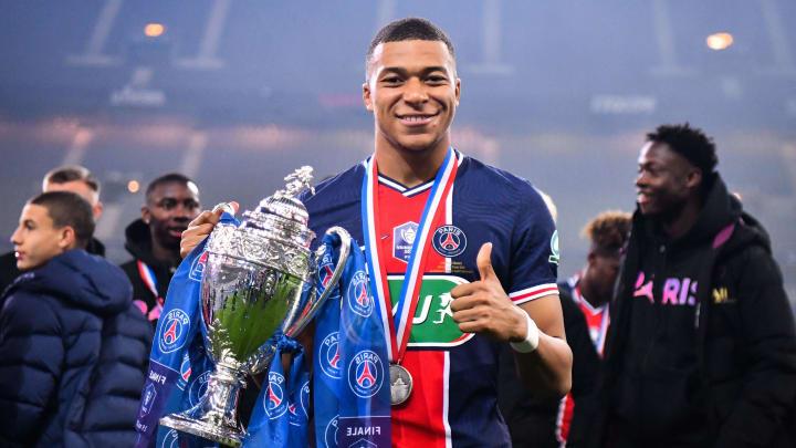 Mbappé foi o grande destaque da vitória do PSG sobre o Mônaco