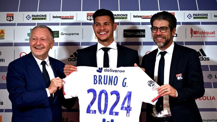 Juninho foi detonado por ex-treinador do Lyon