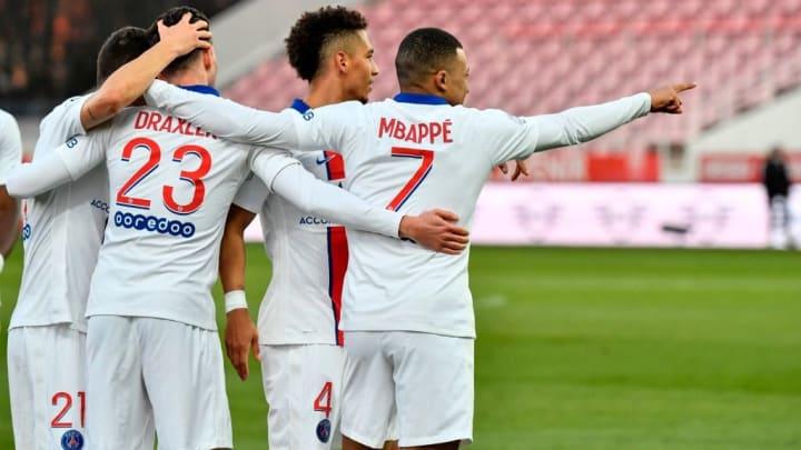 Le PSG passe 2e du classement avec 57 points en attendant les matchs de Lille et de l'OL