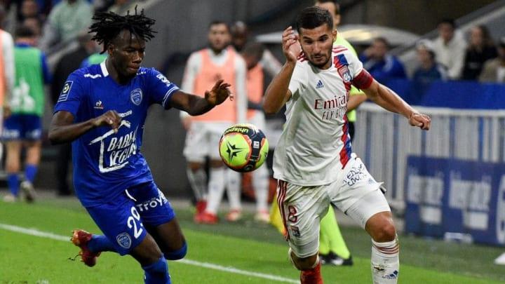 Sur la pelouse du Groupama Stadium, Houssem Aouar n'a pas vraiment montré tout son talent.