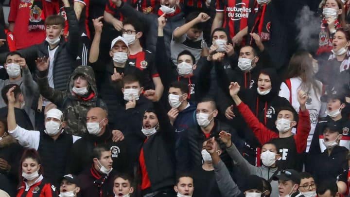 Bei Europa-League-Spiel von Leverkusen gegen Nizza: Ultras stoppen Mannschaftbus