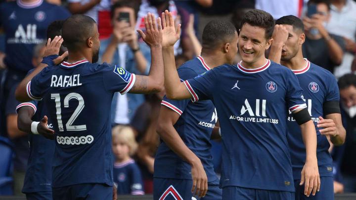 Le Paris Saint-Germain au cours du match face à Clermont ce samedi
