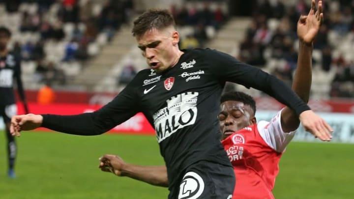Romain Perraud fait partie des Brestois ciblés par Lyon.