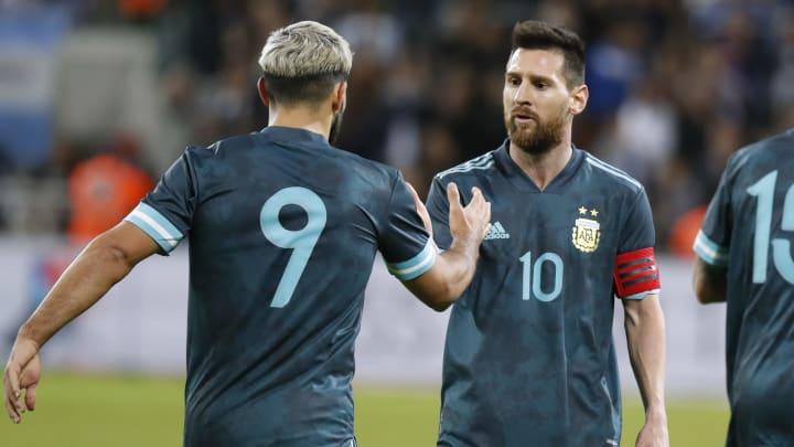 Sergio Agüero (l.) und Lionel Messi.