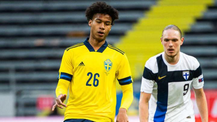 L'international suédois, Jens Cajuste, devrait rejoindre Rennes.