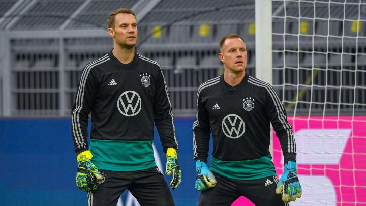 Ter Stegen y Neuer luchan por ser titular con Alemania