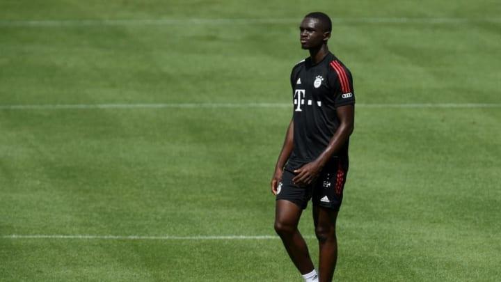 Tanguy Nianzou wartet beim FC Bayern noch auf den Durchbruch
