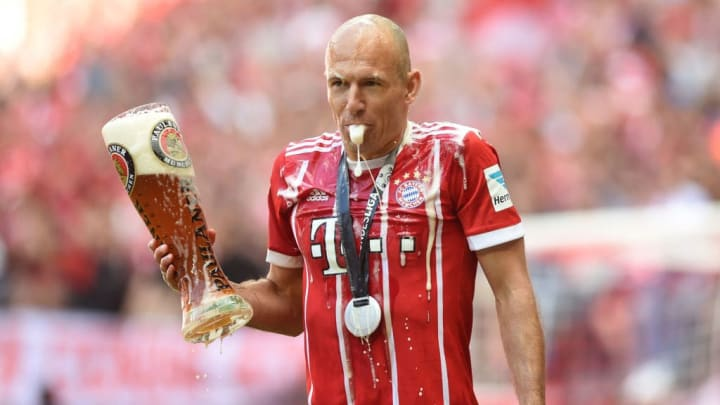 Bierdusche für den FCB einen Tag nach dem Ehrentag des Bieres?