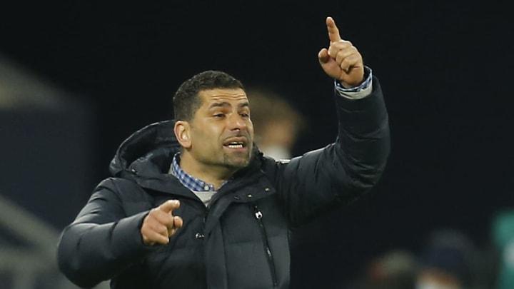 Durfte am letzten Spieltag seinen ersten Sieg als Schalke-Coach feiern: Dimitrios Grammozis