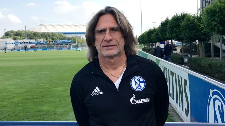 U19-Coach Norbert Elgert ist Bestandteil der TaskForce Kaderplanung auf Schalke