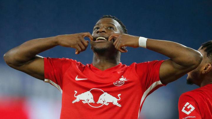 Mukiele hatte gegen Schalke gut Lachen