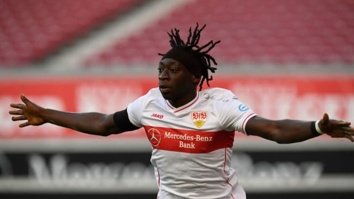 Tanguy Coulibaly pour remplacer Jadon Sancho ?