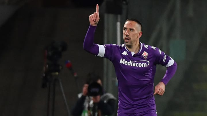 Franck Ribéry avec le maillot de la Fiorentina.