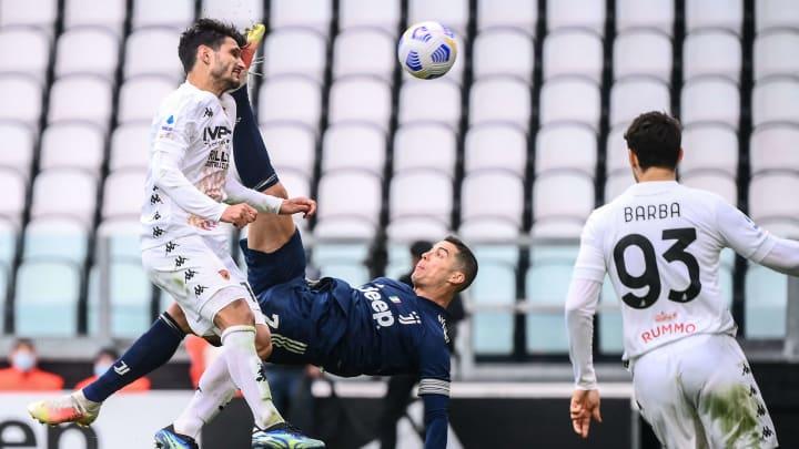 Juventus 0-1 Benevento: Match Photo - Serie A 2020/21 - Ruetir