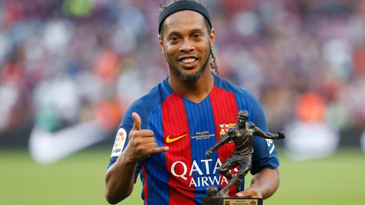 Ronaldinho é um dos craques conhecidos pelo apelido e não pelo nome de batismo