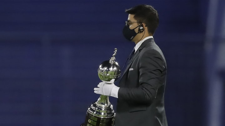 Conmebol definiu Montevidéu como sede das finais da Copa Libertadores e Sul-Americana deste ano.