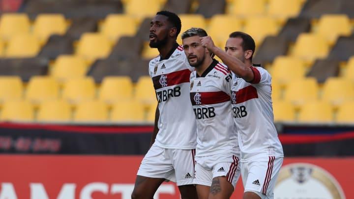 Flamengo tem otimismo quanto às renovações de Gerson e Arrascaeta. Éverton Ribeiro é o medalhão mais cotado pra deixar o Rio de Janeiro.