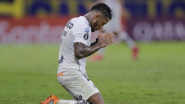 Santos e São Bento entram em campo pela 12ª e última rodada da primeira fase do Campeonato Paulista.