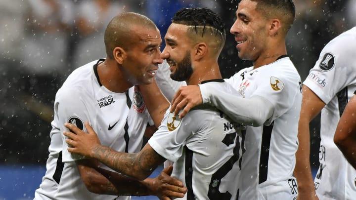 """Emerson Sheik critica o momento do Corinthians: """"Não tem como defender""""."""