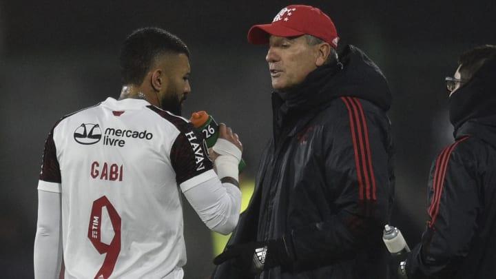 Treinador escalou força máxima na goleada por 5 a 0 sobre o Bahia