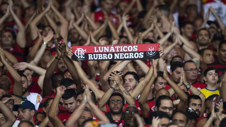 Flamengo pleiteia direito de contar com público nos estádios