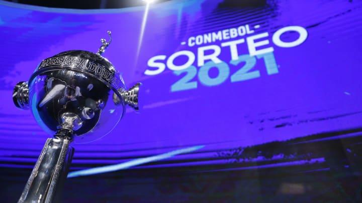 Libertadores vai chegando à reta decisiva
